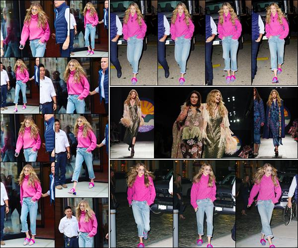 """- """"─-11/09/17-•"""": Gigi Hadid a été photographiée alors qu'elle venait tout juste de quitter son appartement, NY. Plus tard, Jelena a été vue quittant le défilé pour Anna Sui, puis revenant par la suite à son appartement situé à Manhattan, toujours top ! -"""
