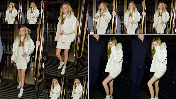 """- """"─-18/09/17-•"""": Gigi Hadid a été photographiée lorsqu'elle quittait son hôtel se trouvant être situé à Londres. Un peu plus tard, notre mannequin a été aperçue alors qu'elle quittait la soirée « Love Magazine x Miu Miu » qui avait lieu dans Londres.  -"""