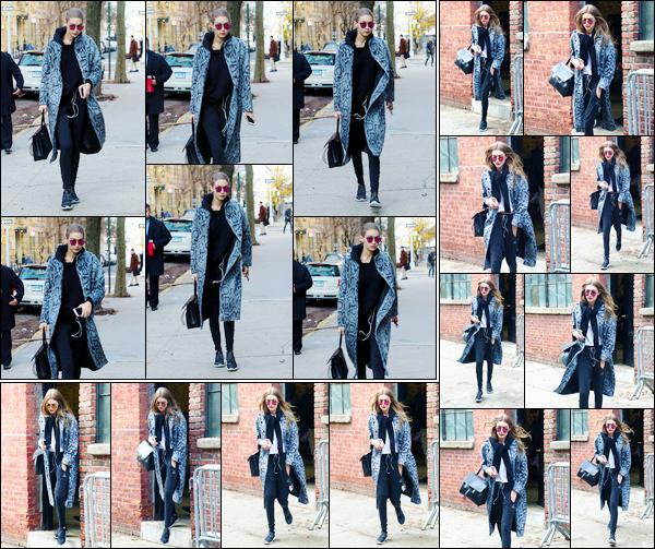 - '-13/12/16-' ◊Gigi Hadid a été aperçue alors qu'elle se trouvait être dans les très célèbres rues de New-York. Un peu plus tard dans cette même journée, notre charmante blondinette a été photographiée quittant un studios de photos. Un petit bof. -