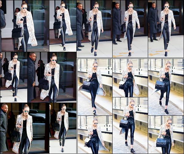 - '-15/12/16-' ◊Gigi Hadid a été photographiée alors qu'elle venait de quitter son appartement dans Manhattan. Gigi a un peu plus tard été aperçue lorsqu'elle arrivait à un studio photos, probablement pour un photoshoot. Je lui accorde un petit top ! -