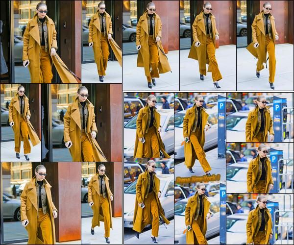 - ''•-02/02/18-' : Gigi Hadid a été photographiée alors qu'elle venait de sortir de son appartement à Manhattan. Un peu plus tard, notre ravissante blondinette a été aperçue alors qu'elle se trouvait être dans les rues de New-York. Je lui offre un flop ! -
