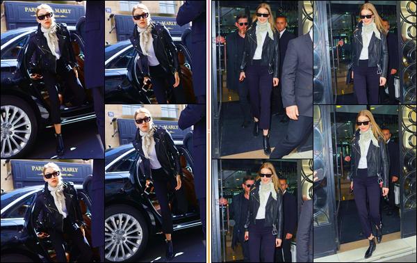 - ''•-02/05/18-' : Gigi Hadid a été vue arrivant et quittant les essayages de :« Chanel »qui avait lieu dans Paris. C'est ainsi dans une boutique Chanel que nous retrouvons notre mannequin qui venait de se préparer pour le défiler du lendemain. Flop. -