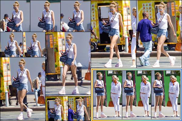 - -• 25/06/18-': Gigi Hadid a été photographiée lorsqu'elle se trouvait dans les célèbres rues de New-York City. C'est en compagnie de sa mère qu nous retrouvons notre mannequin dans les rues de New-York. Un look décontracté, j'offre un beau top. -
