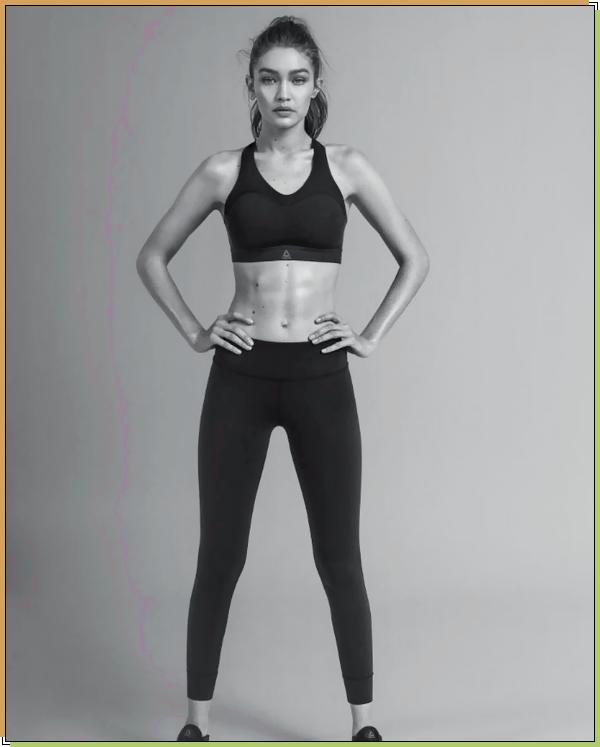 '-PHOTOSHOOT •-' NotreGigi H.pour la campagne«Reebok's New PureMove Sports Bra.»!