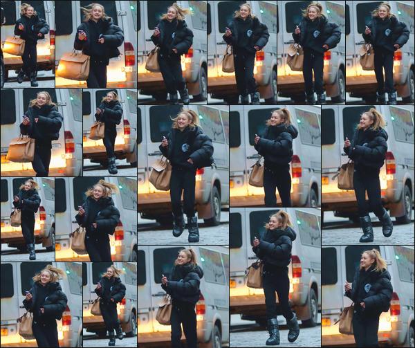 - ''•-13/03/19-' : Gigi N. Hadid a été photographiée alors qu'elle se trouvait être dans les rues de New-York City. C'est à nouveau après avoir réalisé un photoshoot que nous retrouvons Gigi qui affichait là un beau sourire. Une tenue décontractée, top. -