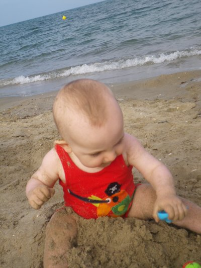 petit pirate a la mer