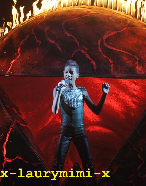 Willow Smith in The x factor 2