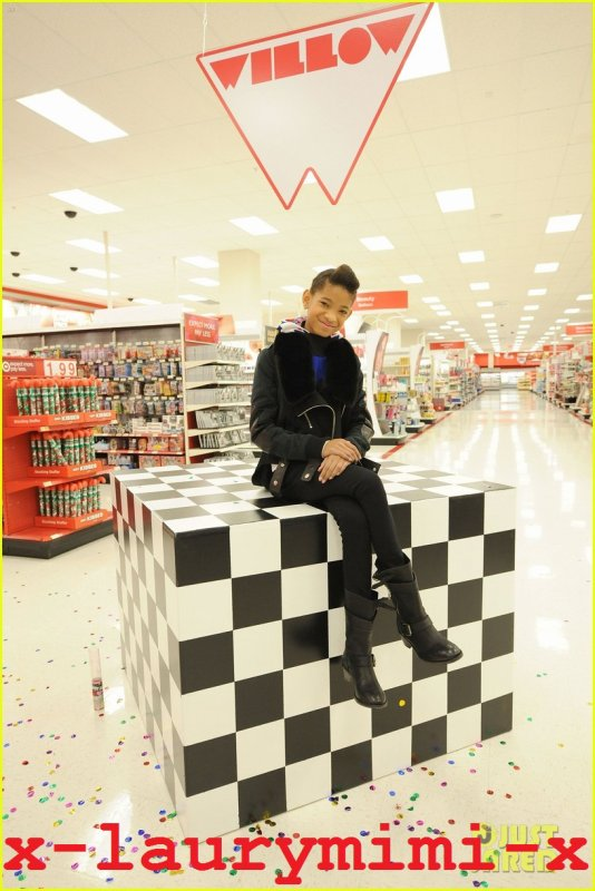 Willow Smith & Club Garçons et Filles: Shopping Spree cible!
