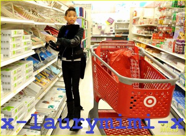 Willow Smith & Club Garçons et Filles: Shopping Spree cible!
