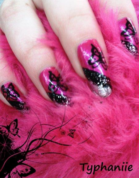 nail art avec papillon
