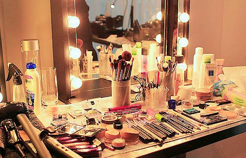 Tout les produit a avoir dans une trousse a maquillage ♥