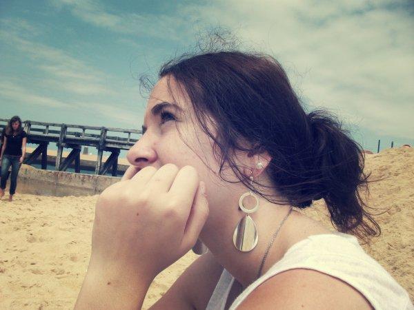 • Je suis l'imperfection incαrnée, mαis toi tu pαsses αu-dessus de tout çα et c'est pour çα que je t'αime .. Pourtαnt tu m'αs jαmαis rien donné. Mαis quαnd j'y pense t'es tout ce que j'αi demαndé ♥'.