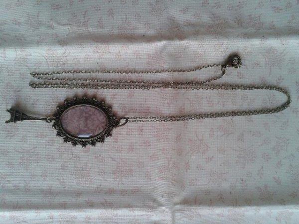 """collier """"vintage Paris"""""""