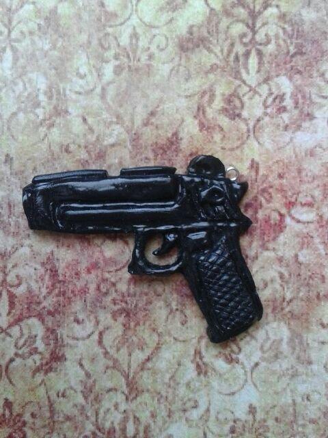 Pistolet :)