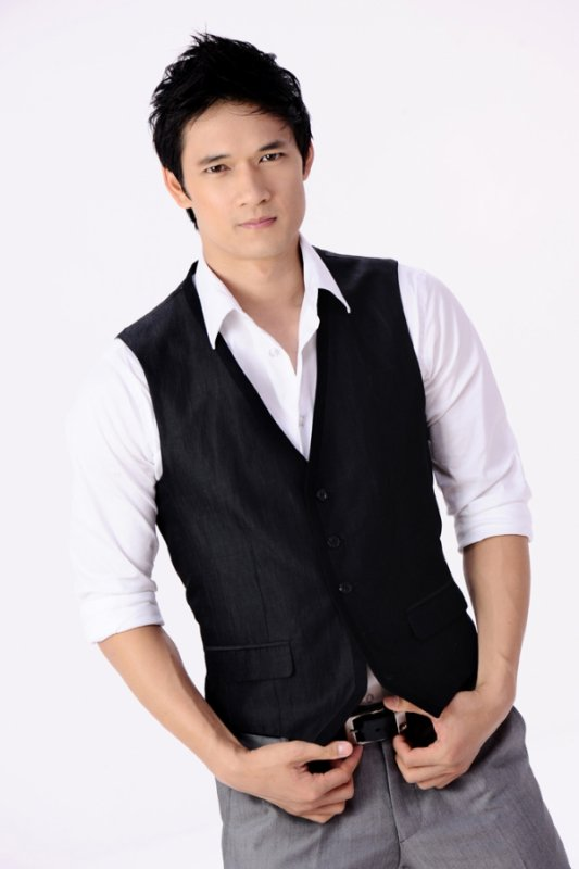 Harry Shum Jr. dans Shadowhunters
