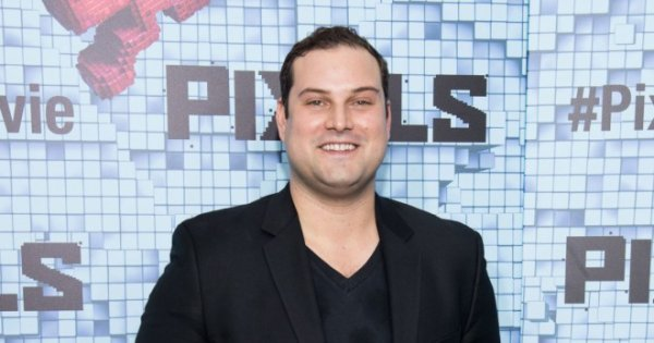 Max Adler en guest dans The Flash