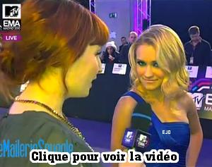 _  7 Novembre : Emily à été vue aux MTV Europe Music Awards 2010 à Madrid (Espagne) .  Muy bien ; Magnífica ¡ _