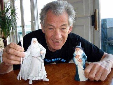 Ian McKellen colpisce ancora!