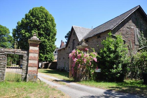 Jeudi 04 juillet 2019 : Saint Sulpice des Landes (5) et son château du Coudray