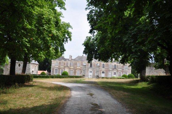 Vendredi 05 juillet 2019 : Couffé (2) Château de La ville Jégu