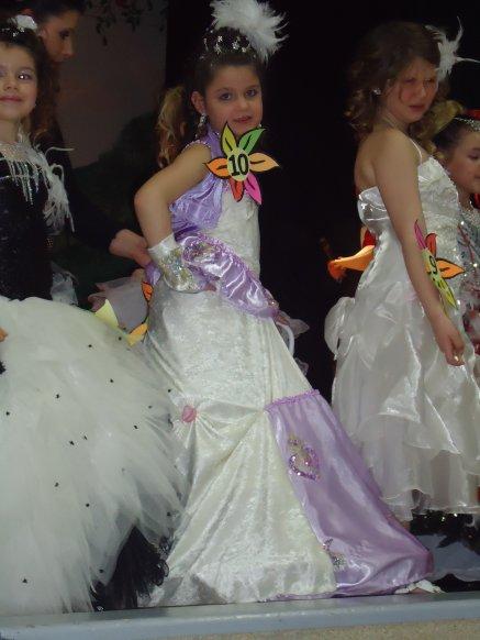 mars 2011 miss beuvry a sains-en-gohelle en tenue de soire