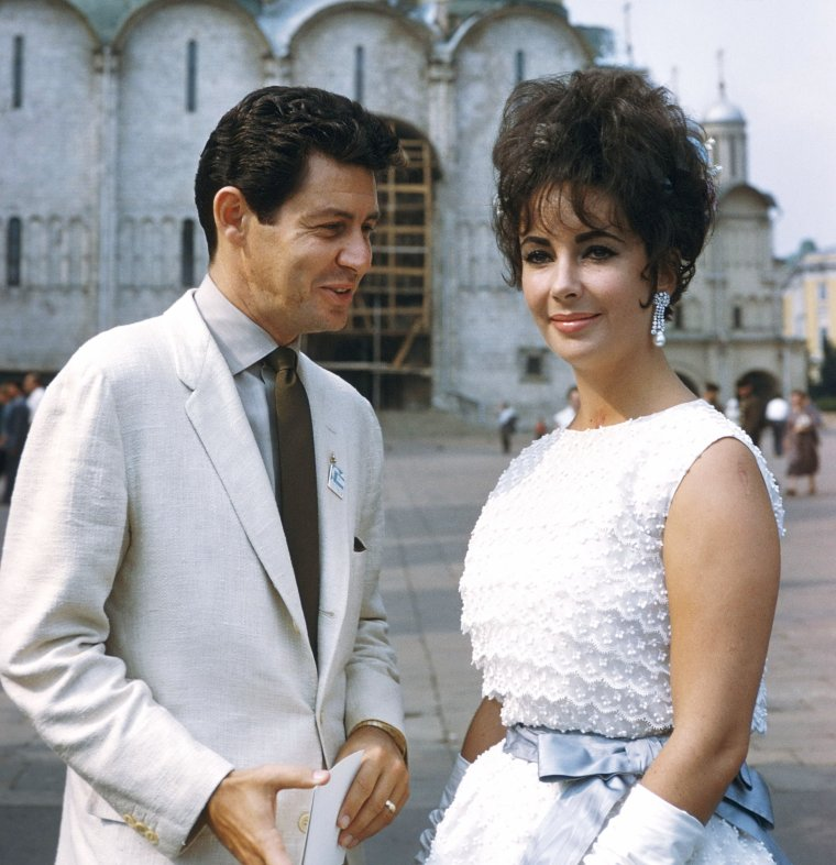1961 / Elizabeth and Eddie FISHER, her fourth husband, in Moscow by Raymond DEPARDON