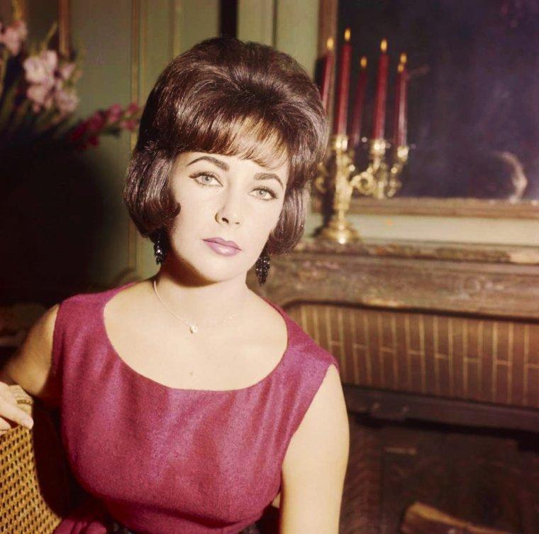 Elizabeth TAYLOR 60's