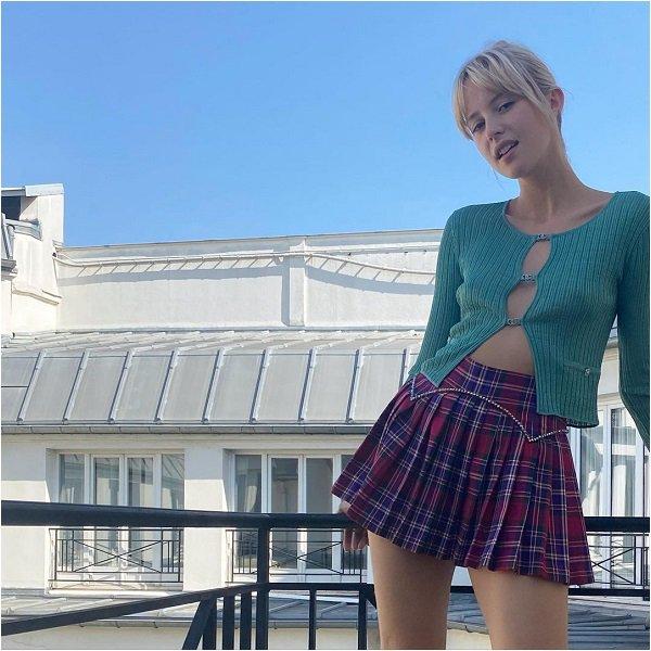 Le 14/09/2021 - Angèle a partagé des photos sur Instagram