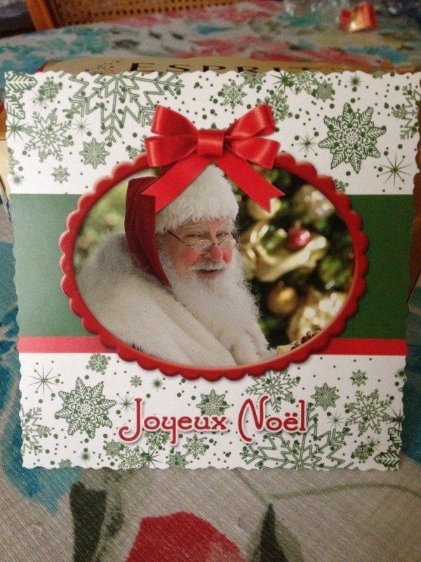 carte de voeux reçu en préambule des cadeaux à ouvrir
