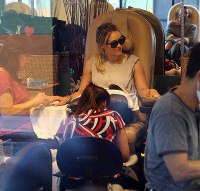 28 juillet - Obtenir une Mani et une Pedi au Salon de jardin des ongles