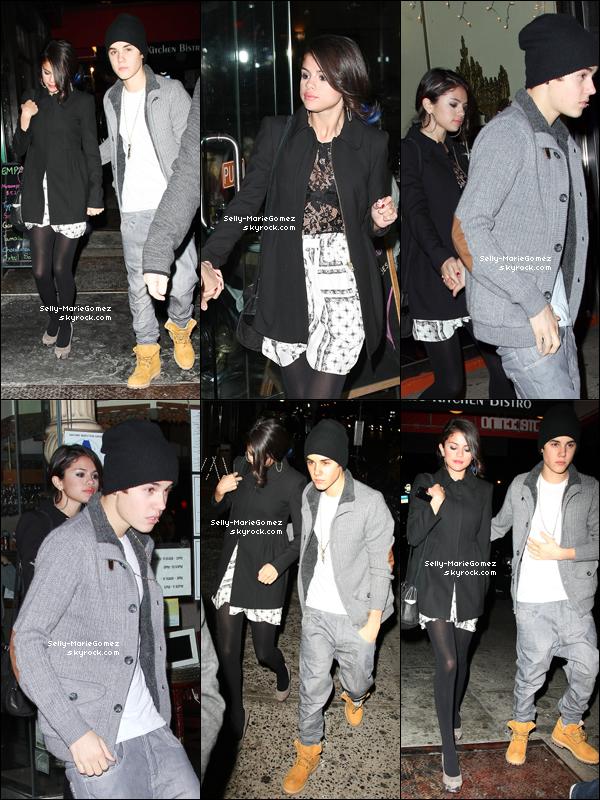 . Selena et Justin quittaient un restaurant à Manhattan, le 12 février. .