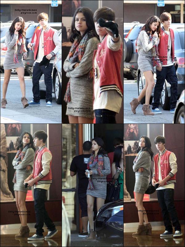 . Selena et Justin achetaient des sushis au Sherman Oaks Mall, le 25 février. .