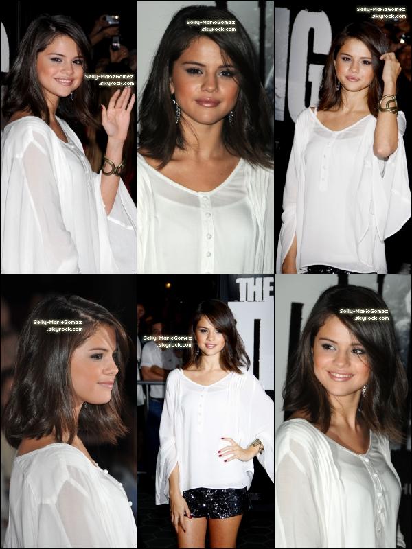 . Découvre des photos de Selena sur scène en train de chanter Who Says ! .