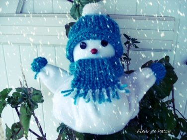 Bonhomme de neige bleu