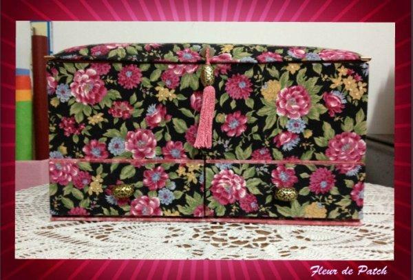 Cartonnage - boite à couture