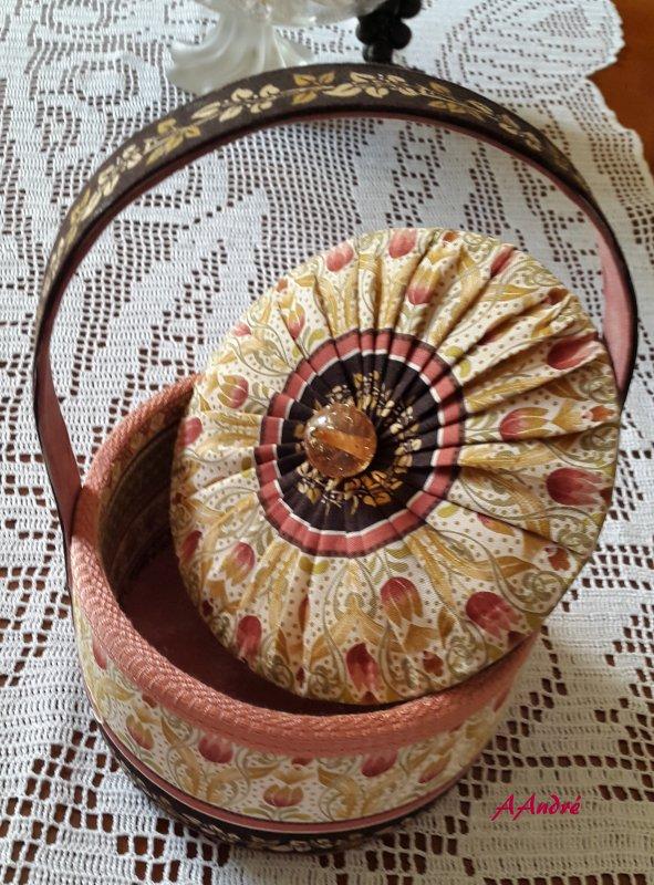 Cartonnage - panier bonbonnière