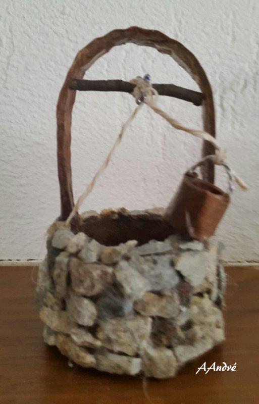 cartonnage - un puits pour la crèche