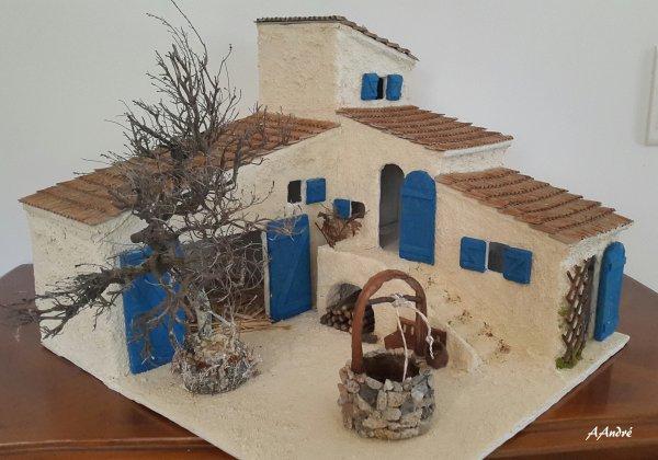 cartonnage - mas provençal pour la crèche et ses accessoires