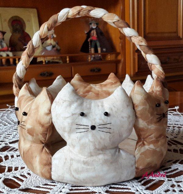 Panier aux 6 chats