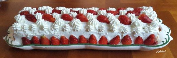 Patisserie - Roulé aux fraises