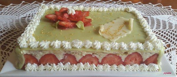 Patisserie - un fraisier pour l'anniversaire de Malinée