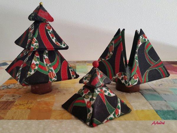 Cartonnage - Sapin de Noël - Bonbonnière