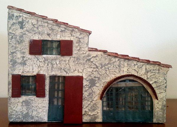 cartonnage - maison pour la crèche de Noël