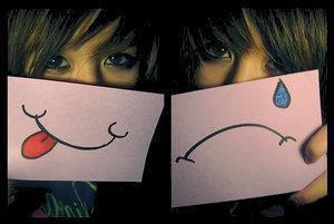 """L'amour rencontre l'amitié et lui dit : """"Pourquoi tu existes, toi?"""". L'amitié lui répond: """"Pour sécher les larmes que tu fais couler..."""""""
