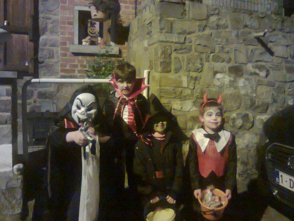 hallowin les enfants étaient heureux et nous comblée de les voirs comme cela