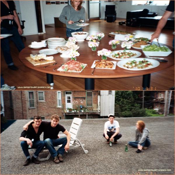 """Catégorie ; Photos Film. 03/11 ♦ Deux nouvelles photos de Behind the scene de """" 0n the road """" ! Quelle groumande la Kristen.. :P ♥"""