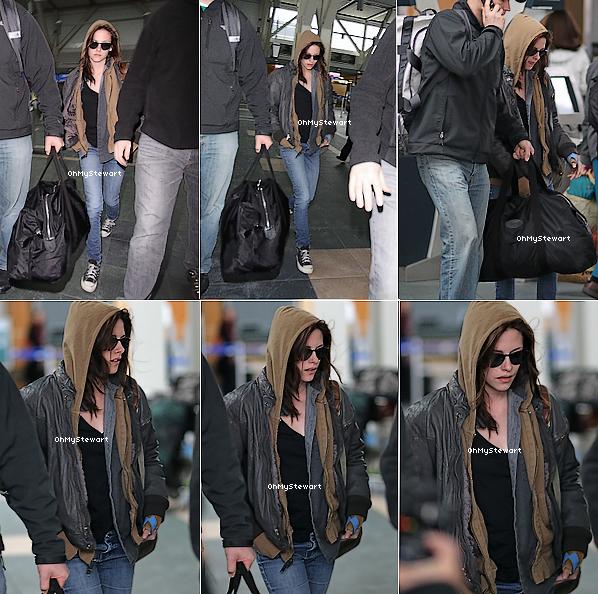 ● Candids : Kristen arrivant à l'aéroport de Vancouver pour la suite du tournage !