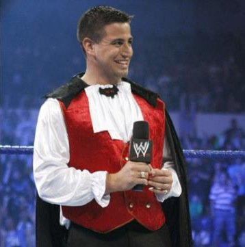 Justin pics from wwe.com (2)
