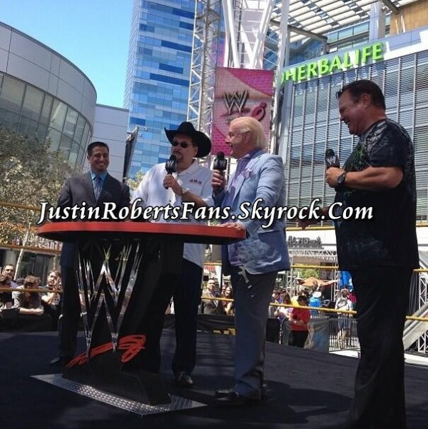 WWE 2K14 roster reveal at Summerslam Axxess