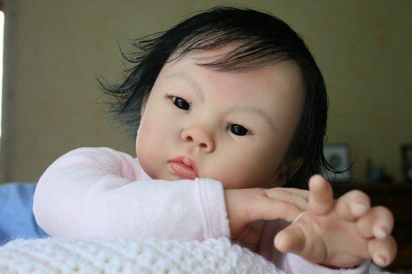 Toujours Li-an petite princesse asiatique